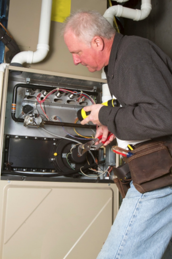 Why Trying to Fix Your Furnace by Yourself is a Bad Idea